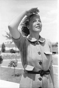 Irina_Burnaia,_1943