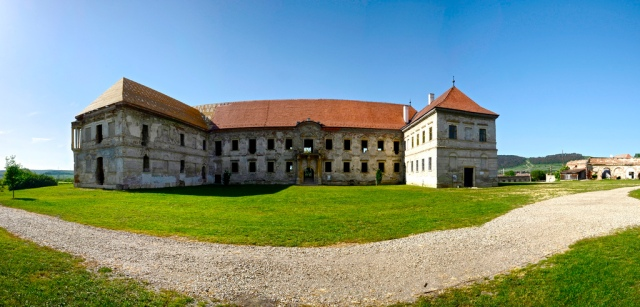 banffy castle_b
