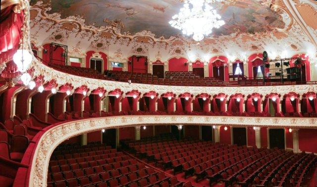 iasi-teatru028307_n