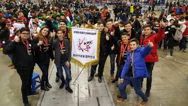 Romanian robotics team wins gold at FTC competition in