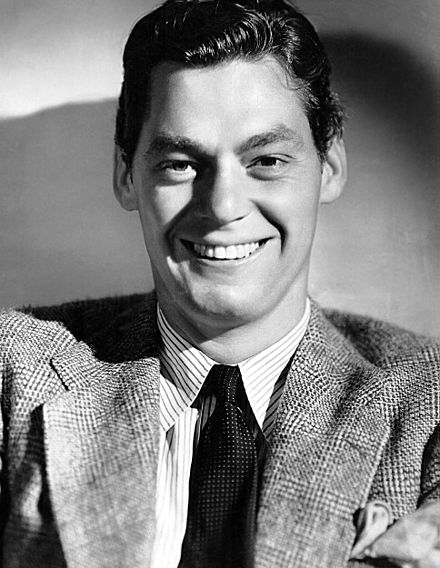 440px-Johny_Weissmuller-publicity